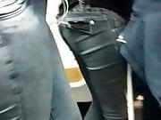 Morena GRANDE gostosa em jeans
